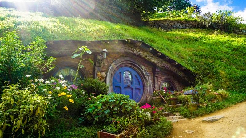 grass-house-flower-village-jungle-garden