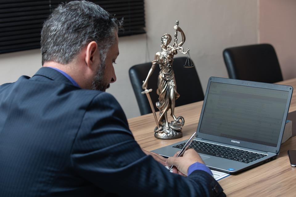 Guide pour bien rédiger un règlement d'intérieur d'entreprise