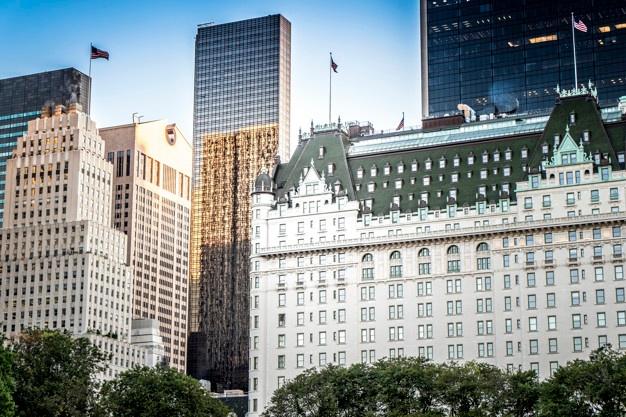 the-plaza-hotel-new-york-etats-unis_1268-14964